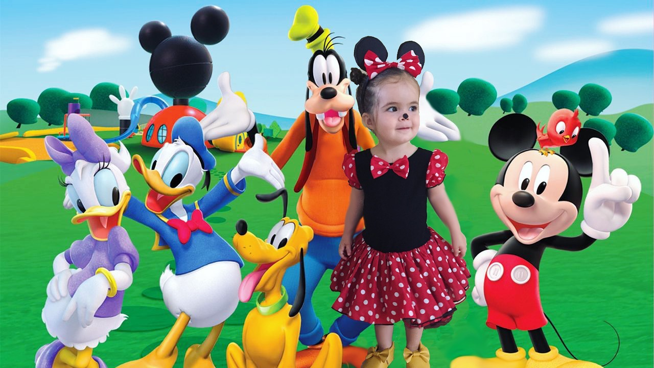 Allie was so thrilled to see herself hanging out at the Mickey Mouse clubhouse. I say u201cwhou0027s that?u201d she says u201cMickeyu201d. u201cWhou0027s that?u201d u201cDaisyu201d. u201cWhou0027s that?  sc 1 st  ficklomat & Minnie Mouse | ficklomat
